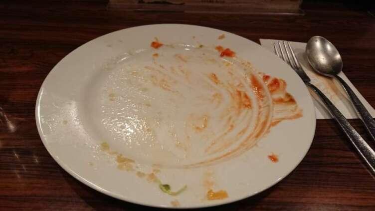 食べ終わったオムライス