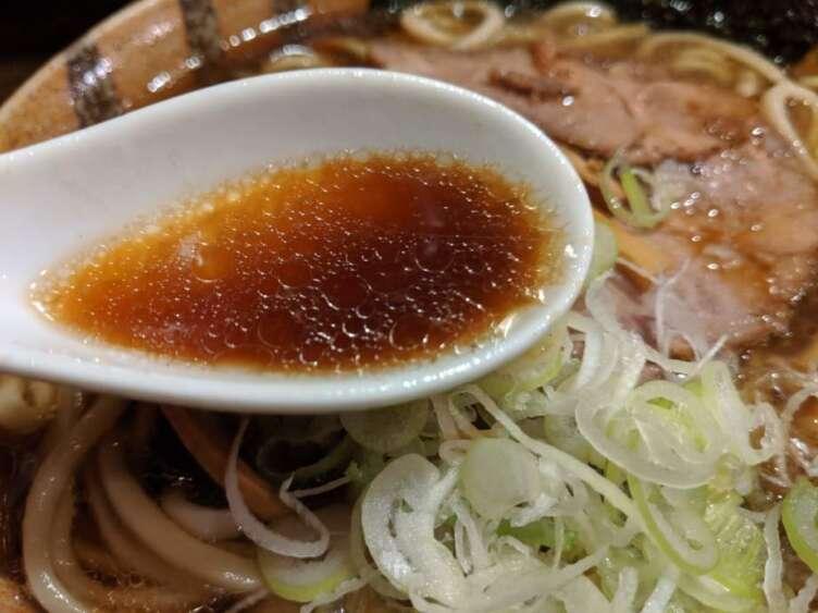 麺舗 十六のスープ