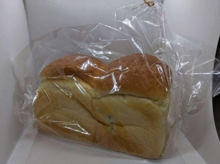 ワンハンドレッドの食パン
