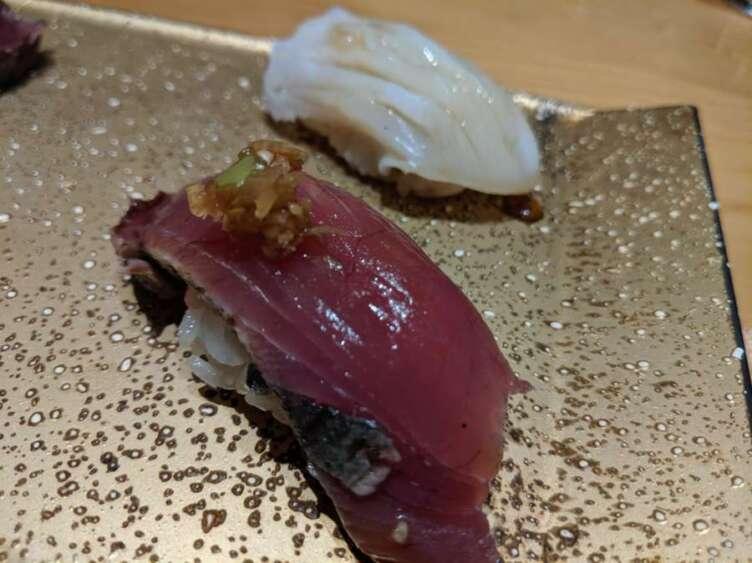 カツオとミズだこのお寿司