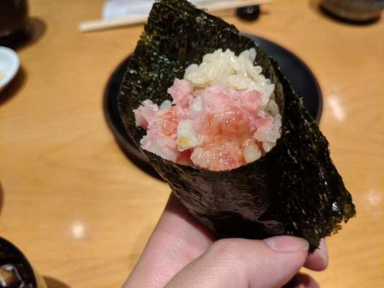 ネギトロの手巻き寿司