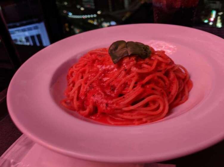 トマトモッツァレラのパスタ